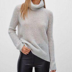 Aritzia Talula Vauzhall Turtleneck Sweater